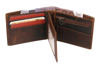 Wallet Spikes, 31